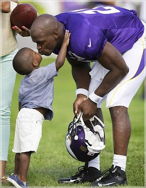 Son of a famous American football player Adrian Peterson died from injuries