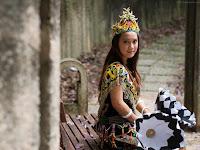 Inilah Dia Para Wanita Cantik Dari Suku Pedalaman Dayak Dan Ceritanya