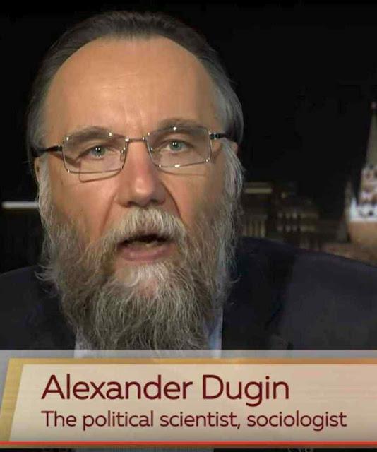 O cristianismo do 'maître-à-penser' de Putin varre o catolicismo e instala o monopólio do Patriarcado de Moscou submisso ao Kremlin.