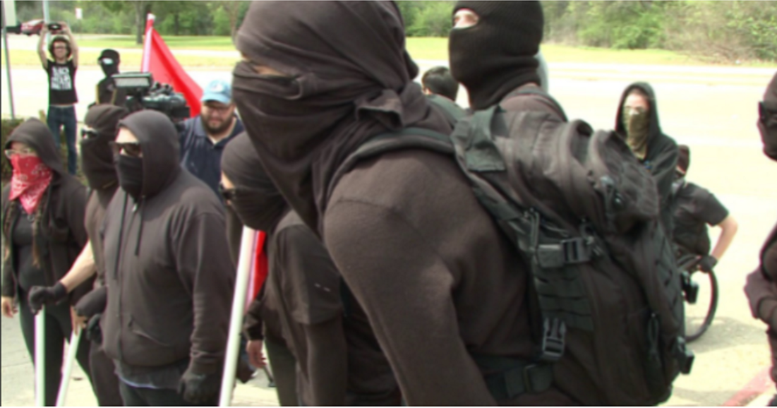 Cops IMMEDIATELY Made ANTIFA Regret Coming After They Showed Up In Texas Today