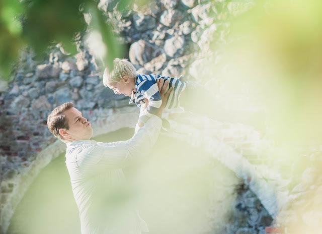 perhekuvaus turku edullinen, perhekuvaus miljöössä, lapsikuvaus turku