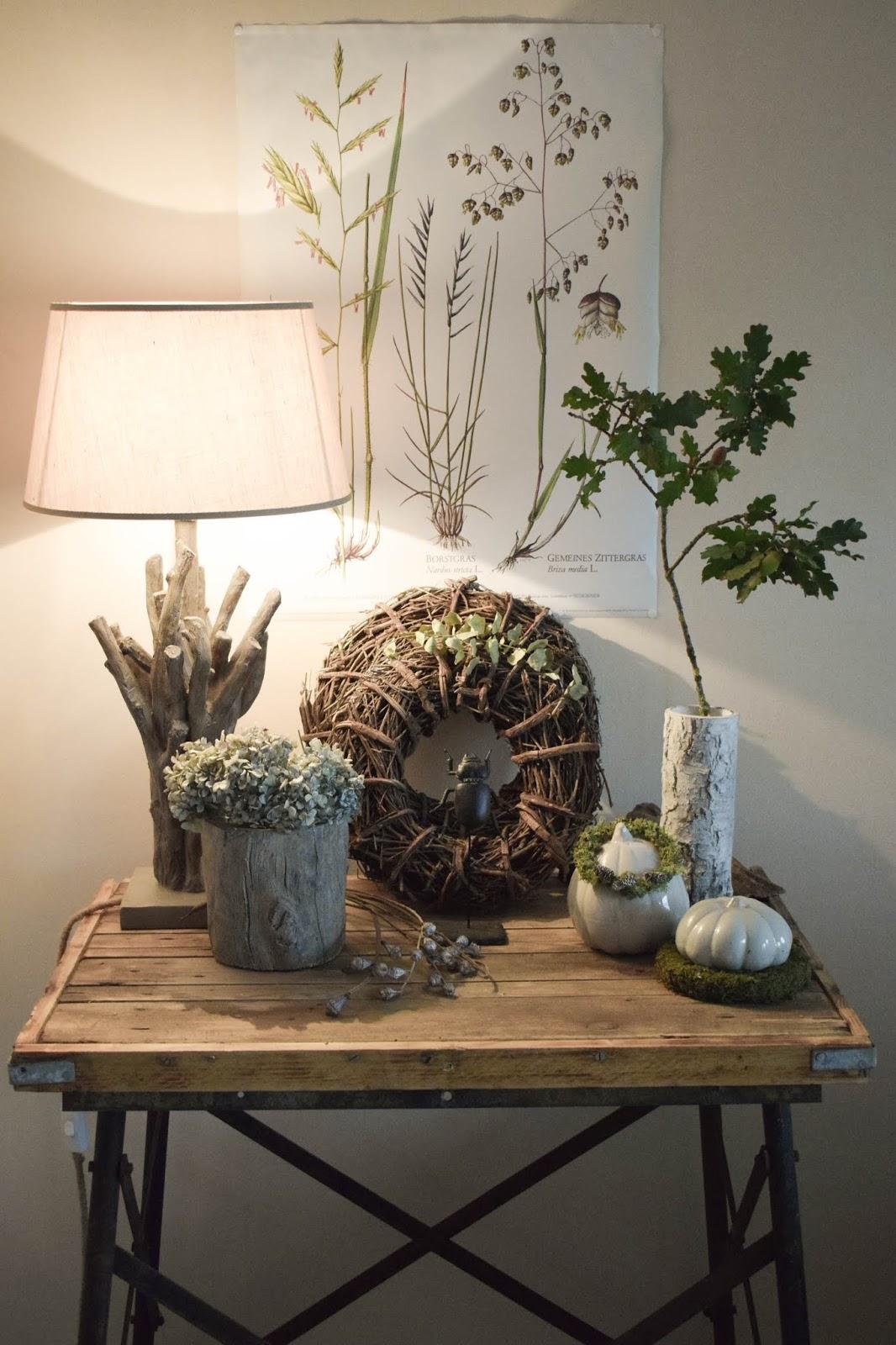 Deko Herbst für Konsole und Sideboard mit Eicheln. Herbstdeko Dekoidee Wohnzimmer Dekoration eiche eicheln botanisch natuerlich dekorieren 7