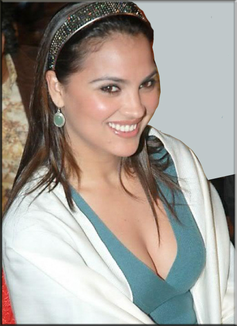 Lara dutta sexy photos