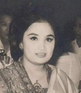 Yurike Sanger Istri Ketujuh Soekarno