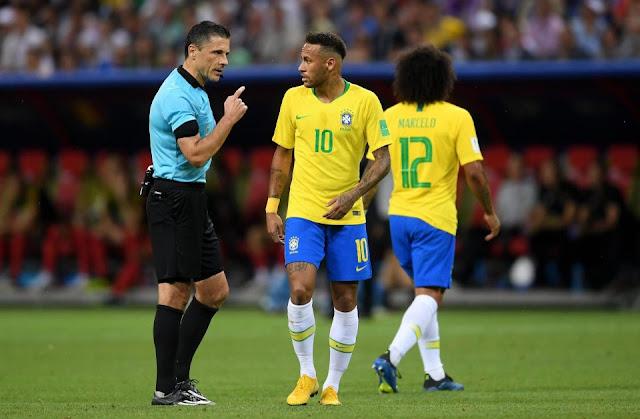 """Ăn vạ câu penalty, Neymar bị chửi là """"nỗi hổ thẹn"""" 2"""
