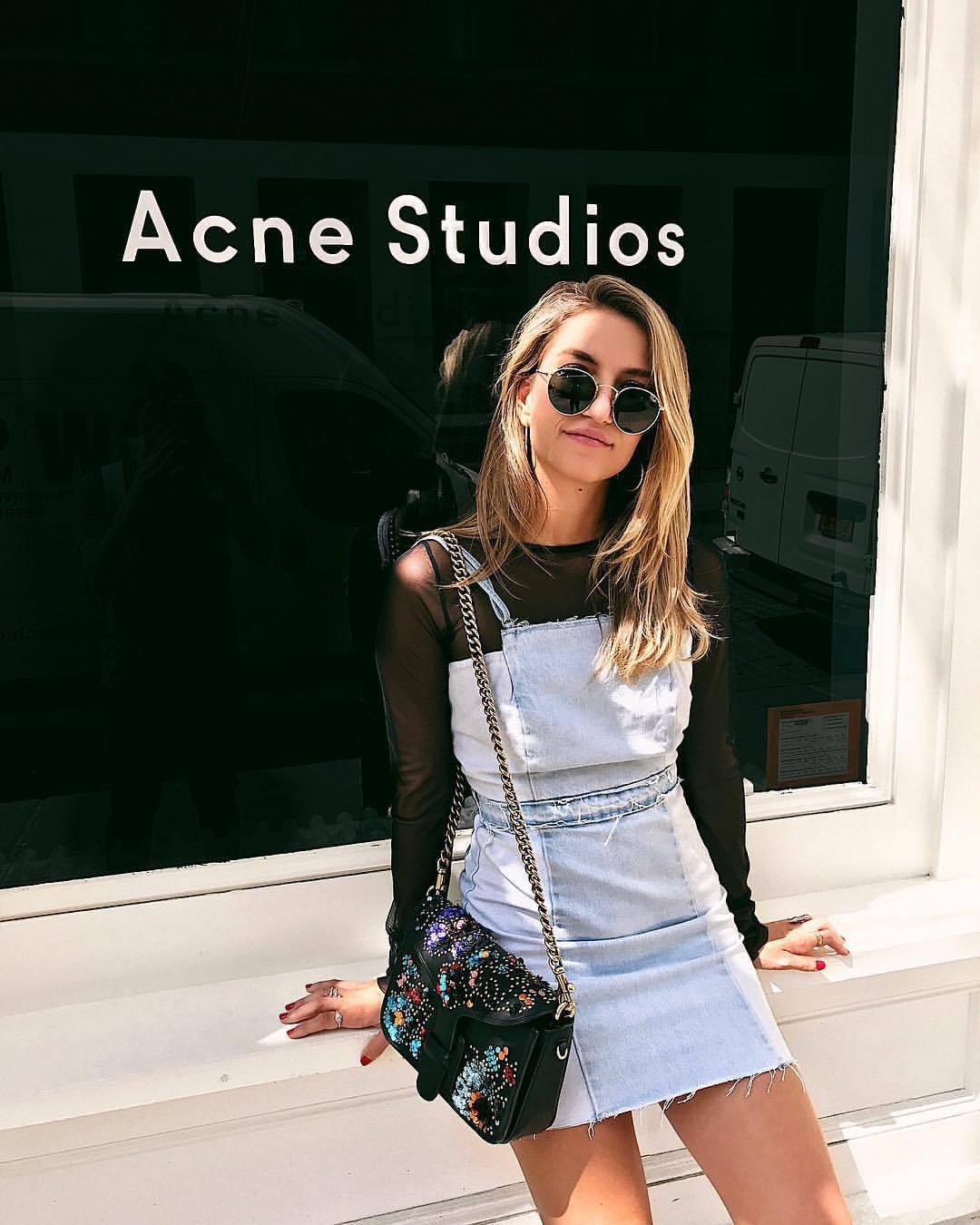 Cassandra DiMicco, Cass DiMicco, Zara Overall Dress, Coach Rodarte Purse, Rayban Sunglasses, New York City, New York, NYC, Street Style, SoHo, Street Style NYC, Street Style 2017, Street Style Outfits