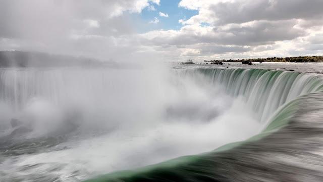 winter waterfalls ontario canada niagara trip