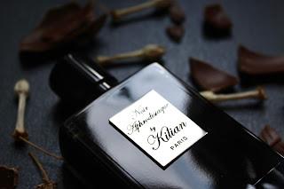 NOIR APHRODISIAQUE de By Kilian. Un perfume de exceso extremadamente libidinoso