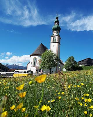 Vanlife T2 Westfalia Road trip calendar tyrol Austria