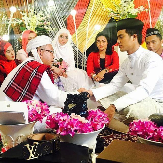 Drama Adaptasi Novel Meh Sandar Pada Aku ,Lakonan  Aliff Aziz, Mira Filzah