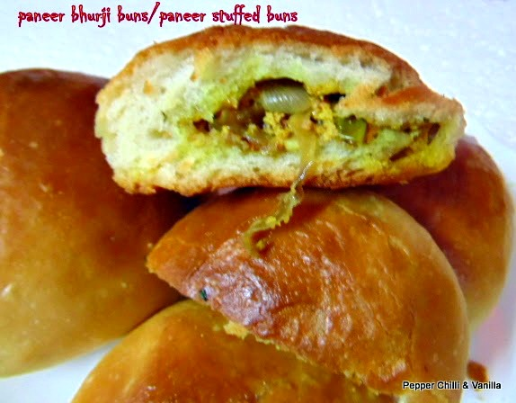 how to make eggless paneer buns
