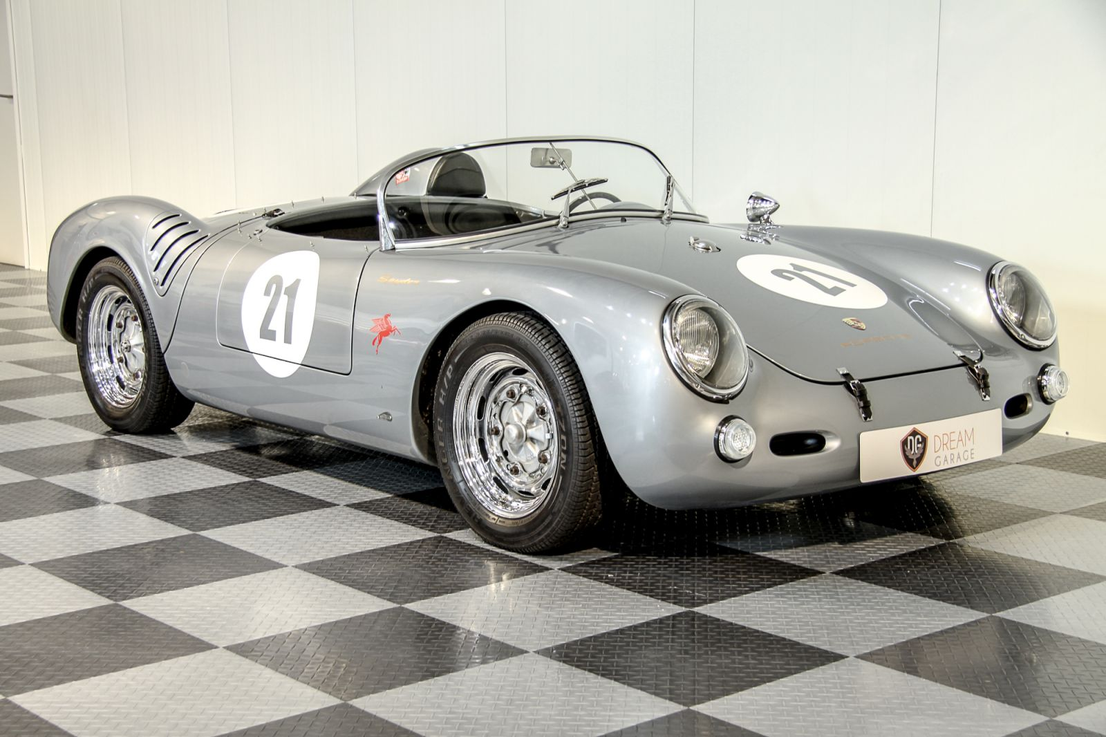 Quot Tweedland Quot The Gentlemen S Club Beck 1955 Porsche 550
