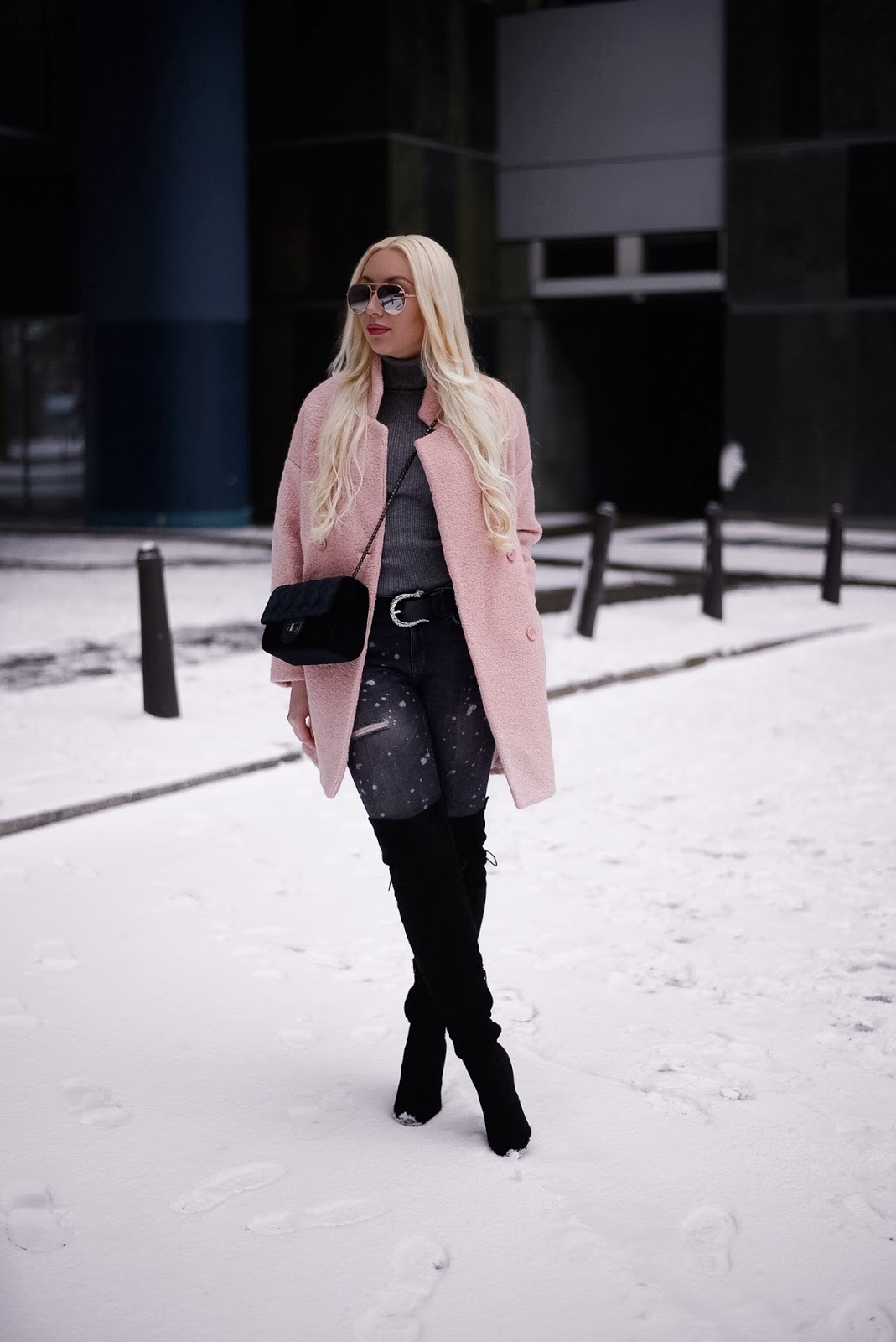 pink coat_winter outfit_what to wear for winter_winter streetstyle