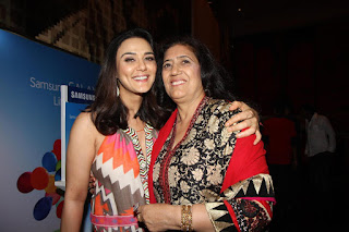 Preity Zinta, Biography, Profile, Biodata, Family , Husband, Son, Daughter, Father, Mother, Children, Marriage Photos.