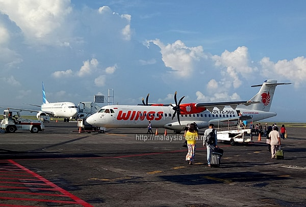 Wings Abadi Airlines Flores