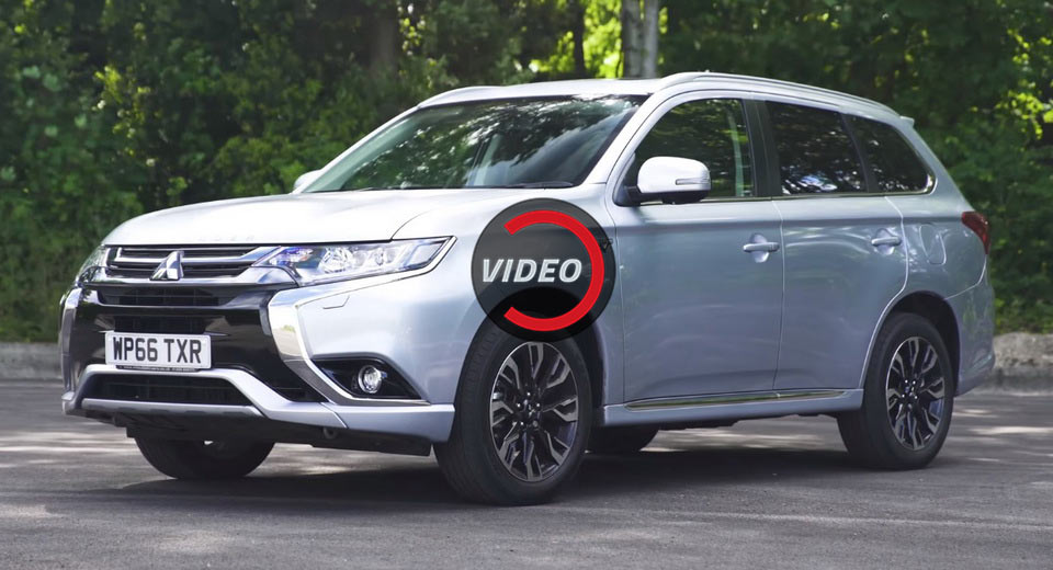 2018 mitsubishi outlander phev remains one of a kind in its segment. Black Bedroom Furniture Sets. Home Design Ideas