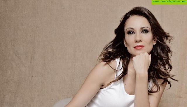 """Silvia Jato, presentadora de televisión y modelo: """"La Palma es mi segunda casa. Os llevo en el corazón"""""""