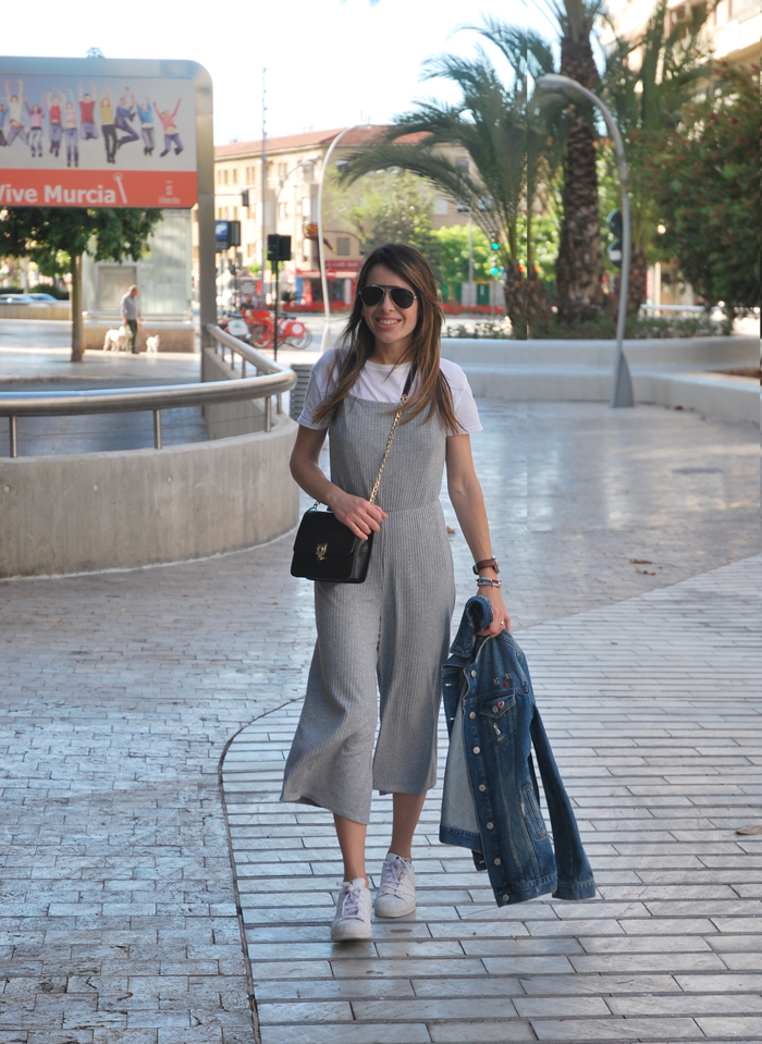 culotte and superstar