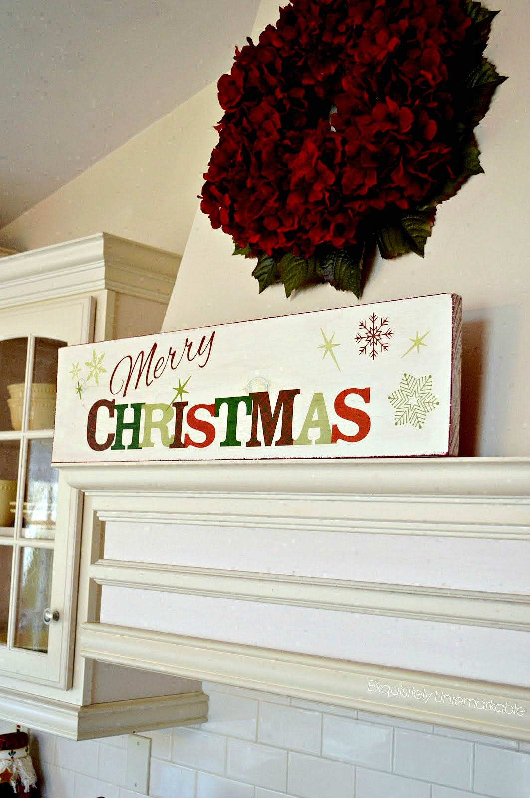 Make An Easy Merry Christmas Wooden Sign