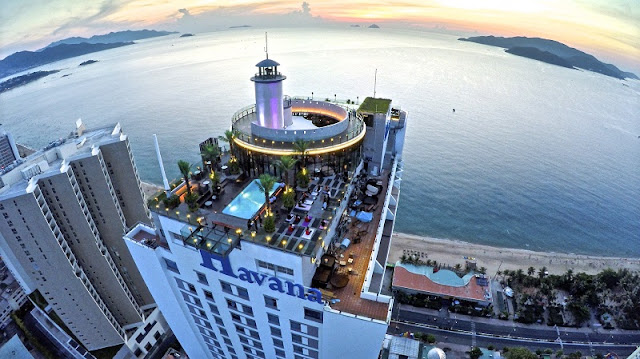 How is the nightlife in the coastal city of Nha Trang? 3