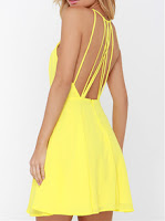 http://www.romwe.com/Yellow-Spaghetti-Strap-Backless-Dress-p-122432-cat-725.html?utm_source=beautybygaby.blogspot.com&utm_medium=blogger&url_from=beautybygaby