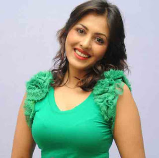 Madhu Shalini Profile Biography Family Photos and Wiki and Biodata, Body Measurements, Age, Husband, Affairs and More...