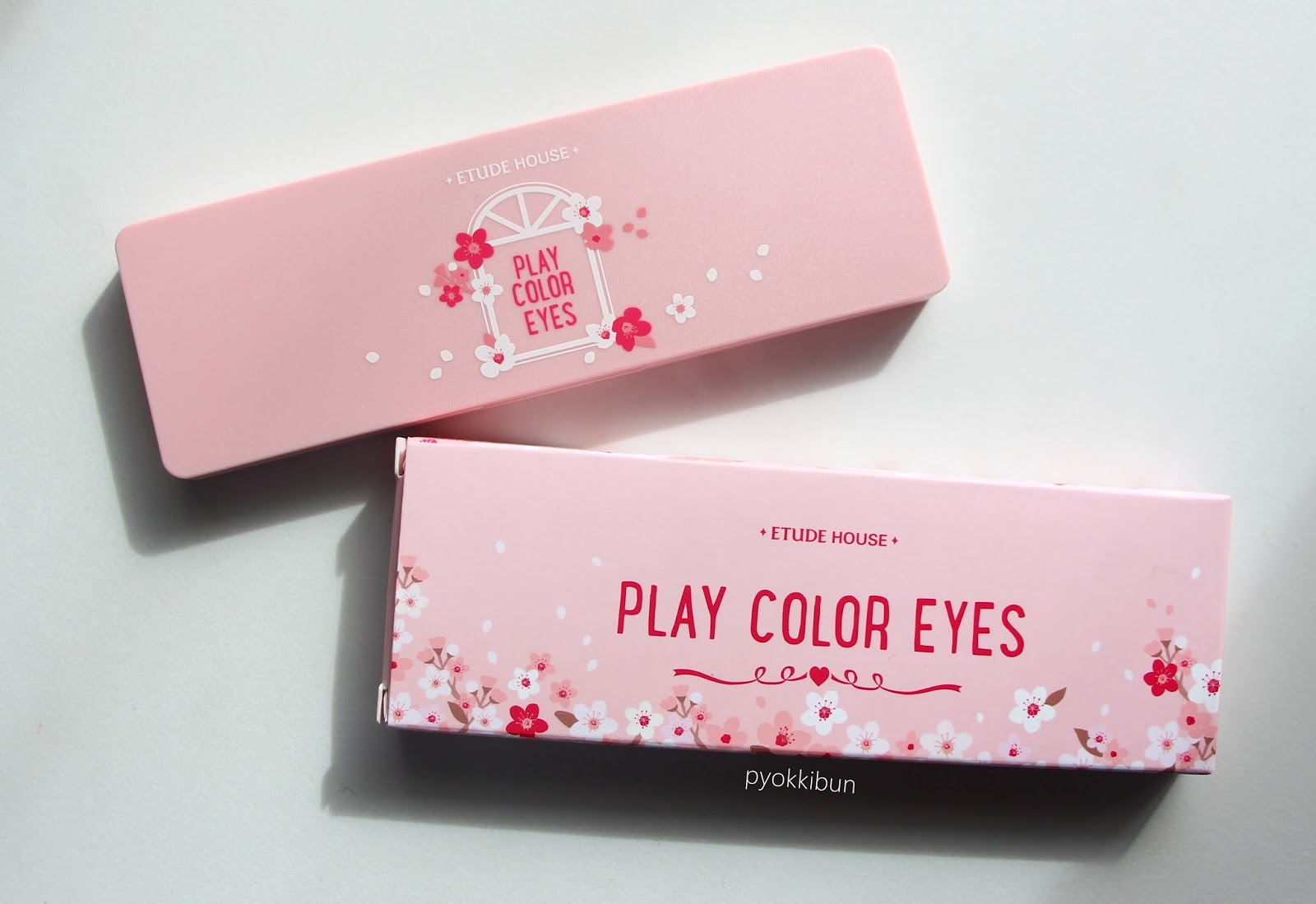 Etude House Play Colour Eyes in Cherry Blossom review - ♥ Pyokkibun ♥