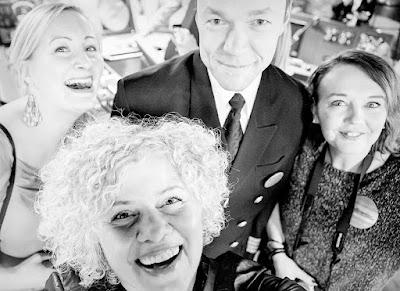 Bloggarit Mökki-Pirkko, Dioriina ja Kotikaupungin laidalla kapteenin kanssa Tallink Megastarin komentosillalla