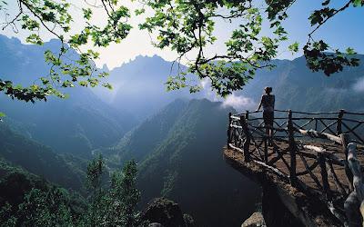 keindahan kawasan pergunungan