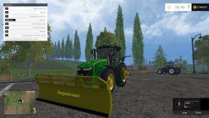 John Deere 8370R tractor + Degelman silage blade pack