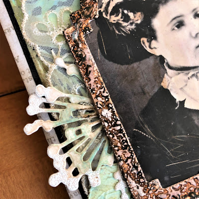 Frilly and Funkie https://frillyandfunkie.blogspot.com/2019/04/saturday-showcase-seth-apters-baked.html Spring Card Tutorial with Tim Holtz 3D Embossing Seth Apter Baked Velvet by Sara Emily Barker 9
