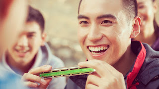 50% off Instant Harmonica - play Over the Rainbow + Skye Boat now!