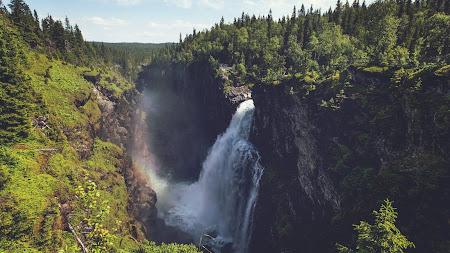 Big Natural Waterfall (Free)