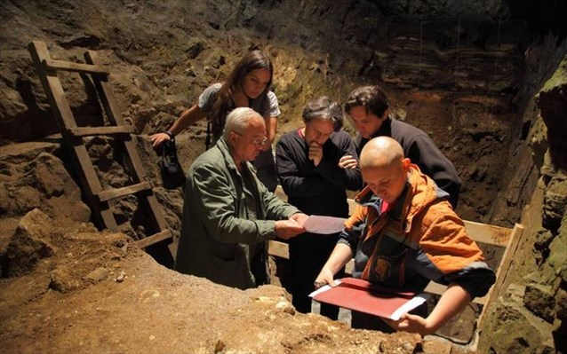 Ελληνίδα ερευνήτρια πίσω από σημαντική ανακάλυψη σε σπήλαιο στη Σιβηρία
