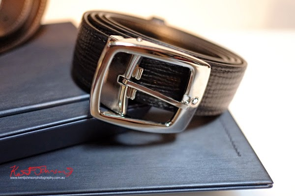 Mont Blanc men's belt in treated leather.