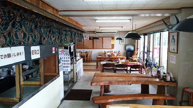 レストランNo.1の店内の写真