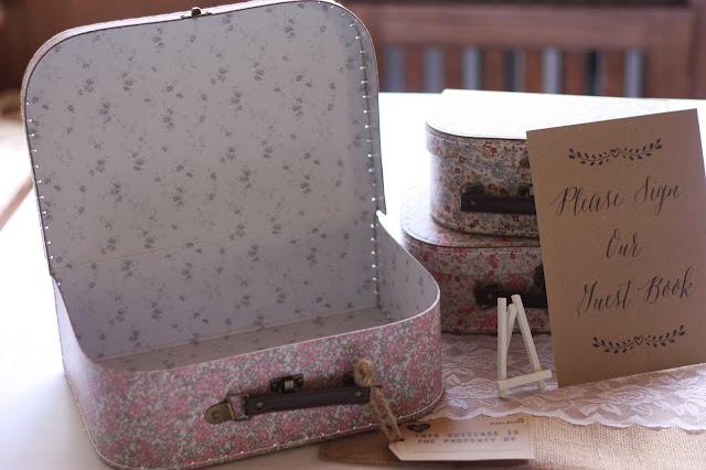 Suitcases Birdcage vintage wedding - Irish wedding in Bavaria, Riessersee Hotel Garmisch-Partenkirchen, wedding venue abroad