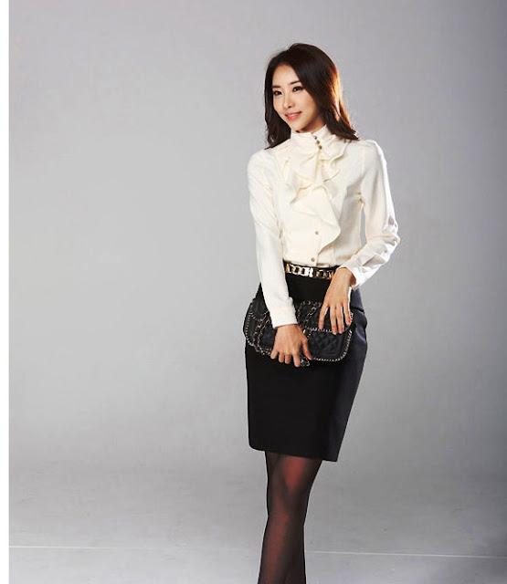 Model Baju Kasual Kemeja Wanita Modern Terbaru
