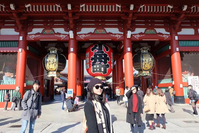 Mencoba Keberuntungan di Senso-Ji Temple