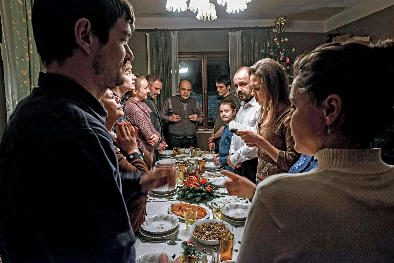 Powroty do domu – recenzja filmu <i>Cicha noc</i>
