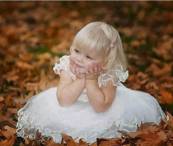 çok sevimli tatlı bebek