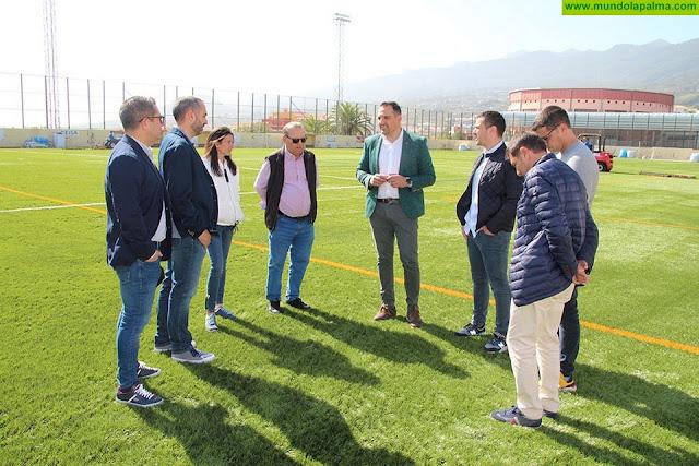 El seleccionador nacional, Pedro López, apuesta por Breña Alta para preparar su salida al Mundial de Fútbol Femenino Sub 20 de este verano
