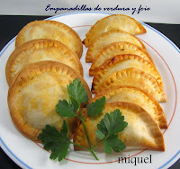 Empanadillas de verduras y foie