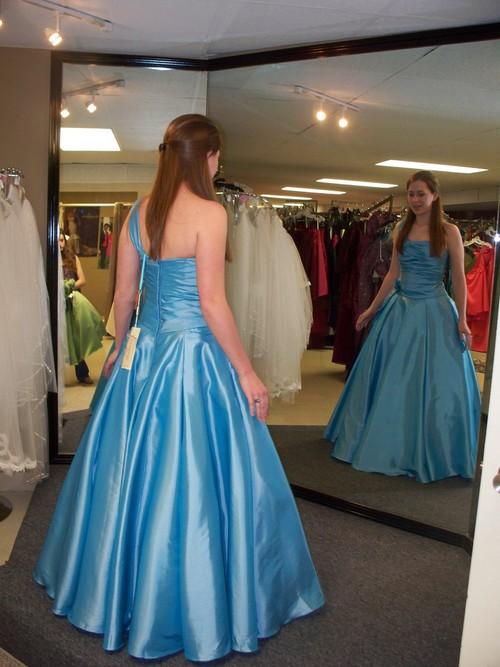 Prom Dress Stores Dresses Dotcom