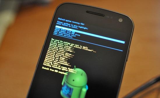 Cara Mengatasi Baterai Android Dicas Malah Berkurang / Tidak Mengisi - Reset Sistem