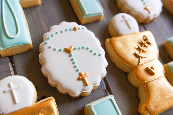 rosary decorated cookies ♥ bakeat350.net