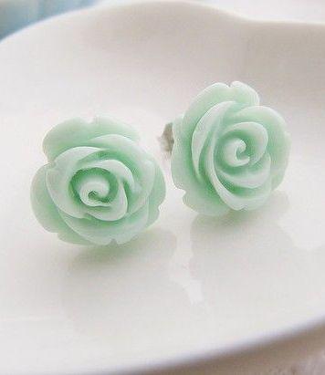 naušnice růže