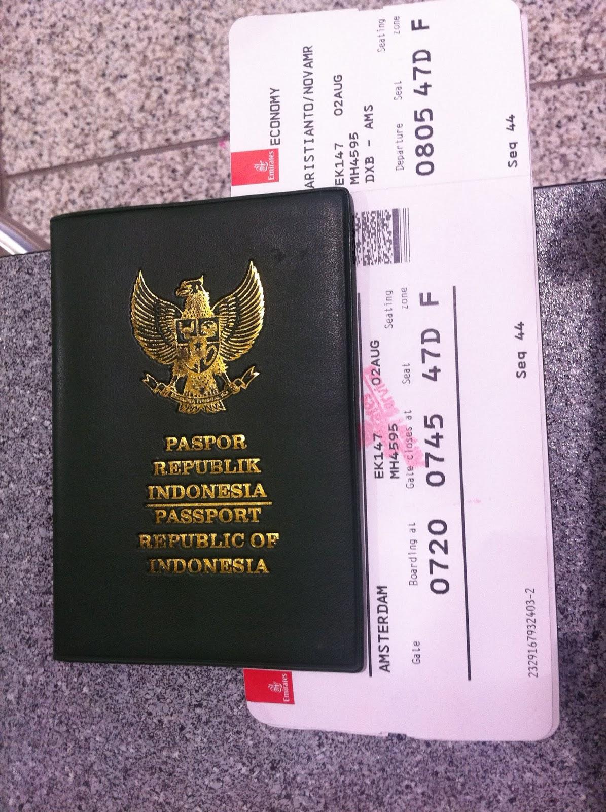 Pengalaman Naik Emirates Airlines Dari Kuala Lumpur Ke Amsterdam Your Traveling Bae