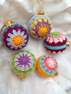 DIY - Decoração de natal pingentes bolas em crochê