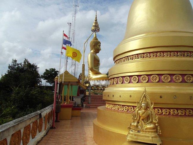 Будда Краби на горе